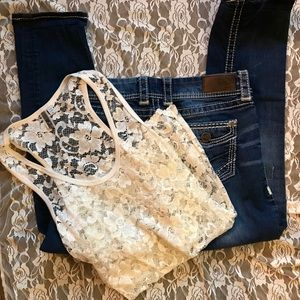 BKE denim jeans Addison 29 and lace tank top Large